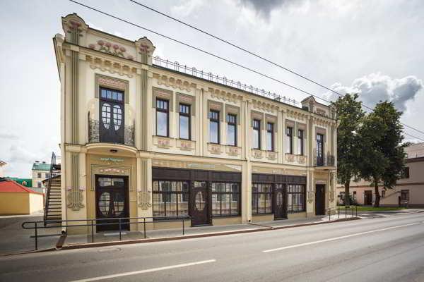 Реконструкции нежилого здания по ул. Социалистической, 44, в г. Гродно под центр банковских услуг