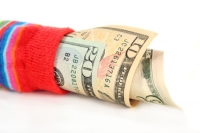 Если не хранить деньги в «чулке», то где?