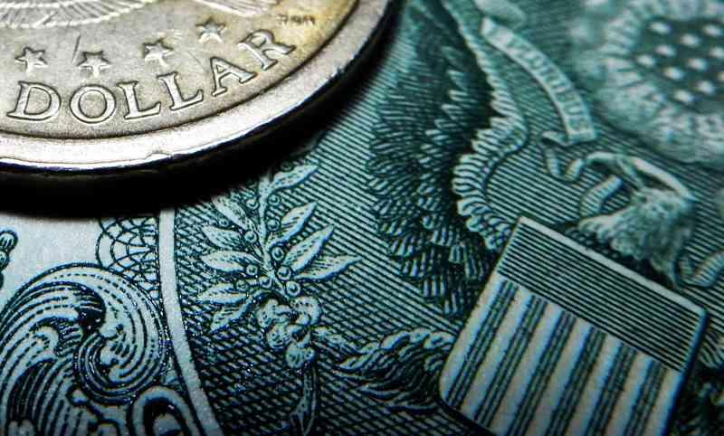 евро и доллар быстро растут